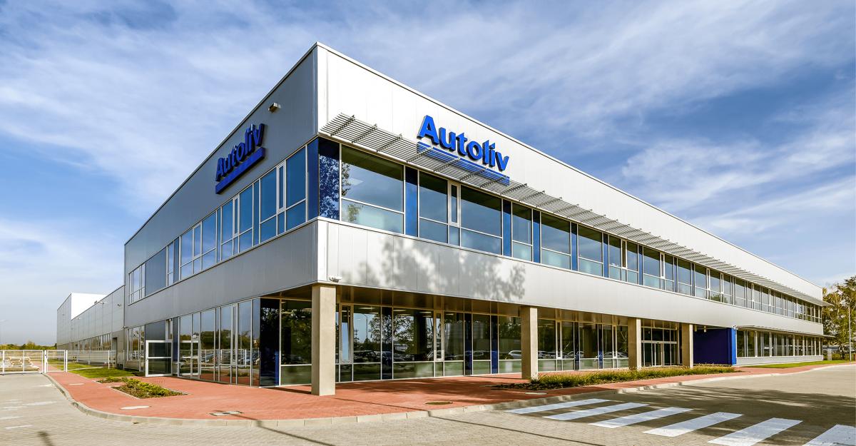 Autoliv sử dụng Gap Gun Pro2 và T60  đo các vị trí trên nội thất xe hơi, vô lăng và một số bộ phận quan trọng khác trên xe hơi